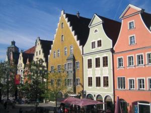 Theresienstraße1